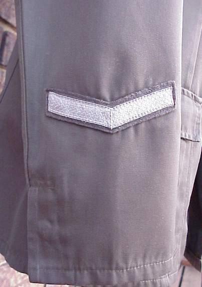 DDR Grenz Summer tunic cuff.JPG