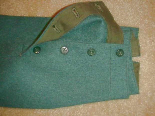 Breeches green with buttons cuff.JPG