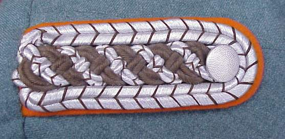 Gend Meistr shoulder board.JPG