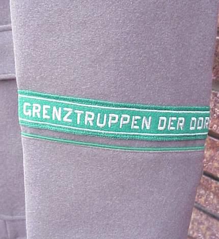 DDR Grenz EM tunic cuffband.JPG