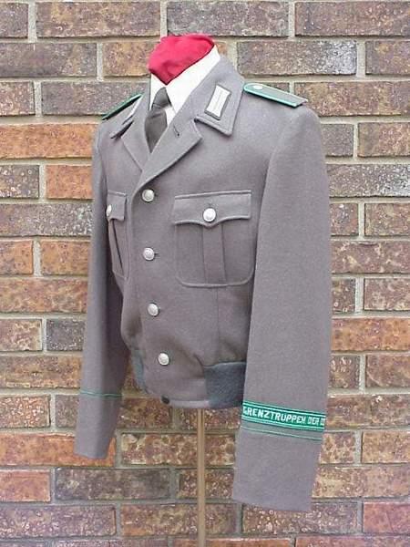 DDR Grenz short tunic side.JPG