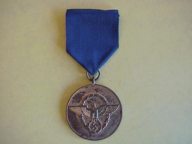 Pol 8 year medal.JPG