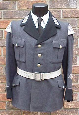 Luftschutz bandsman tunic.JPG