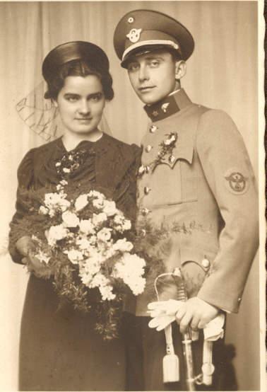 Austrian Gend transitional uniform.jpg